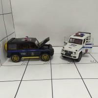 Машина метал ассортим, свет/звук, шоубокс Гелик Полиция
