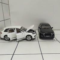 Машина метал ассортим, свет/звук, шоубокс Ауди Q7