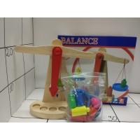 Игрушка-Баланс. Весы деревянные 8251